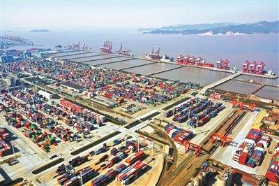 前4个月舟山港集装箱量超千万箱 总航线数达269条