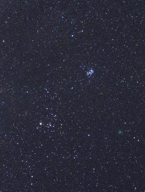 宁波追星族奔赴云南拍下双子座流星