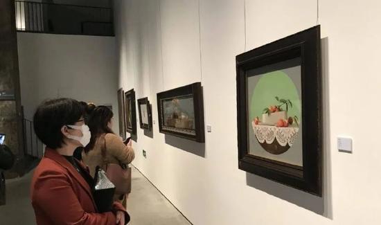 宁波美术馆举办中国中青年写实绘画名家作品邀请展