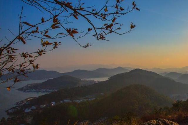 宁波:东钱湖美景 群山环抱风光旖旎