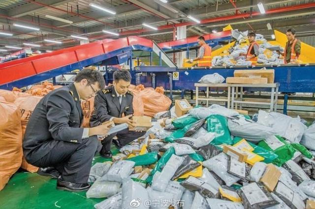 宁波2017年进出境邮件超1300万件 单日峰值近10万件