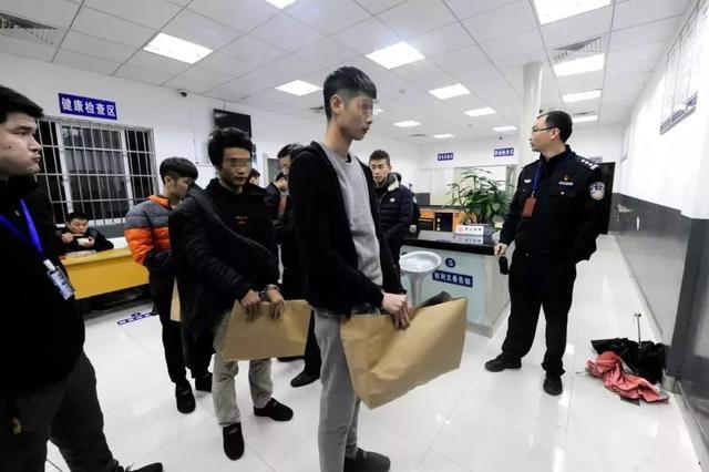 北仑警方破获跨省特大网络游戏账号诈骗案