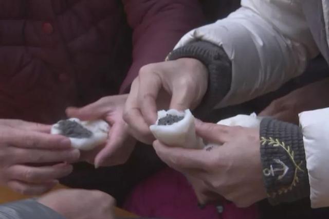 宁波鄞江做年糕过大年 年味最是乡村浓