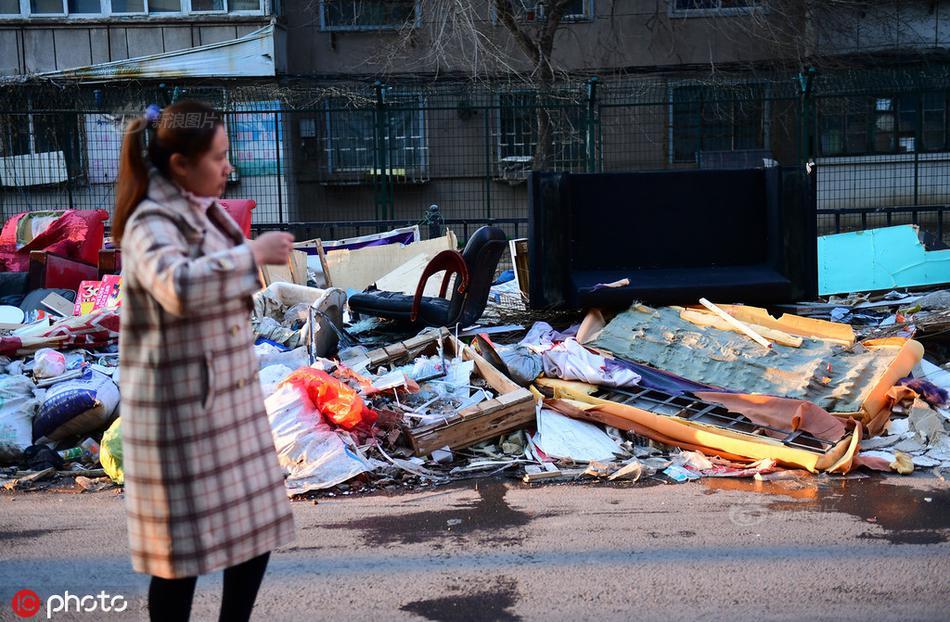 中国拒收后美国将大量垃圾运往这国 被送上一句话