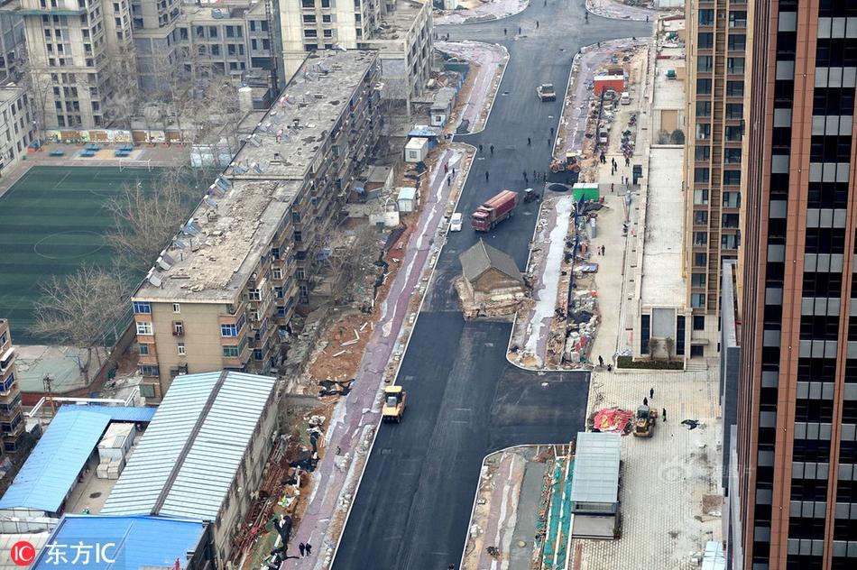 北京朝阳警方:一男子因家庭矛盾发泄情绪高空抛物 已被刑拘
