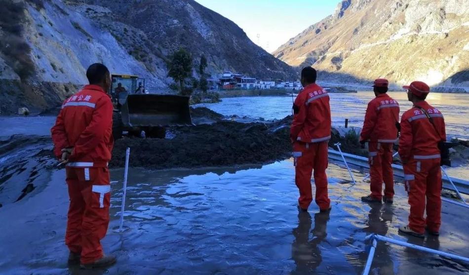 鏖战金沙江——金沙江白格堰塞湖应急抢险救援全记录