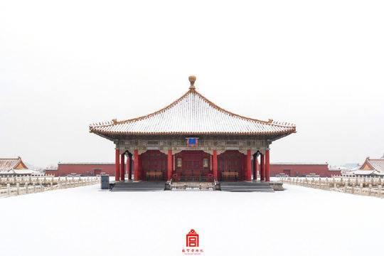 来了来了!故宫雪景壁纸上新