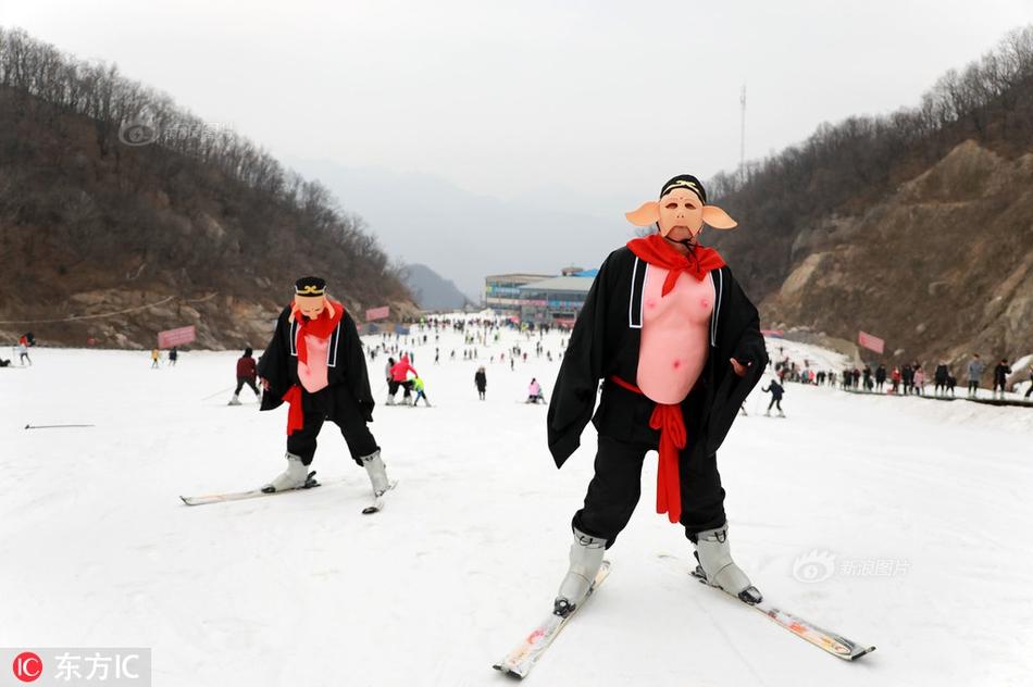 上海气温强势回暖 有人穿短袖
