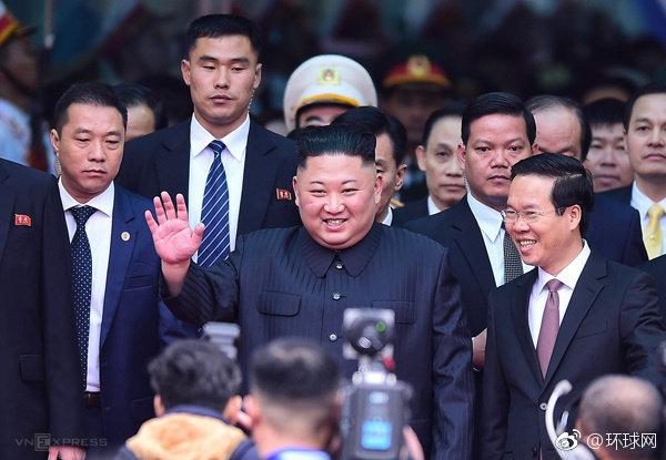 """""""关键时刻,更见中国制度优势"""""""