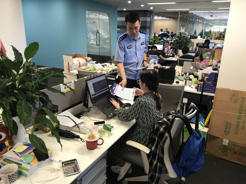 【百乐博网络平台】五一劳动节:乐哉工作的民航人