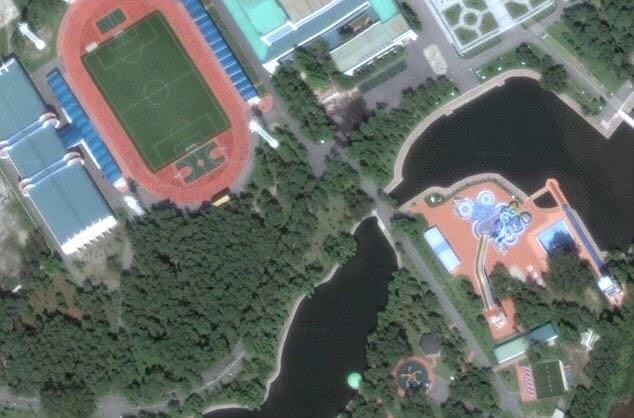 金正恩度假村卫星图曝光:游艇别墅都有
