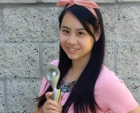 Image result for 17岁华裔女孩凭一篇作文被14所名校录取!