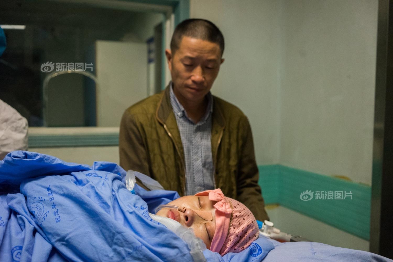 老人在重症监护室无人照管摔下床死亡 医院赔30万