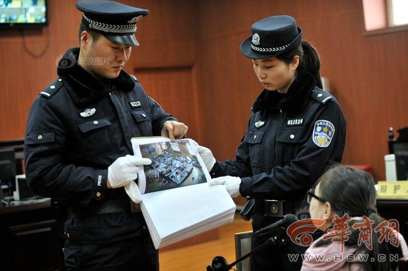 31岁男子用假驾照被罚 父母质问交警:他还是个孩子啊