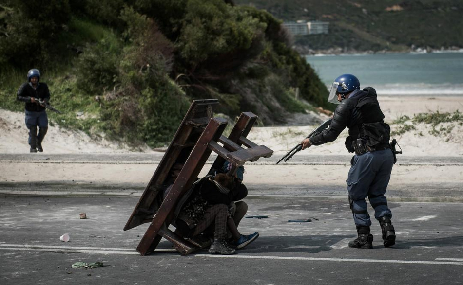 【mg赌场网上娱乐】金正恩指导朝军队火力打击训练 亲自下达射击命令