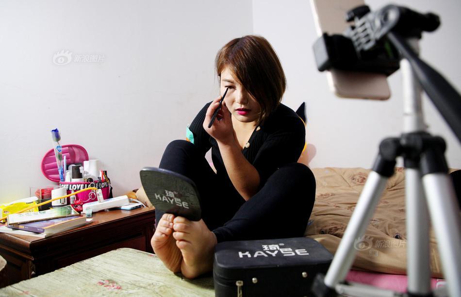 适合40岁女人的护肤品_迷人的保姆在线看手机在线_迷人的保姆在线看迅雷下载