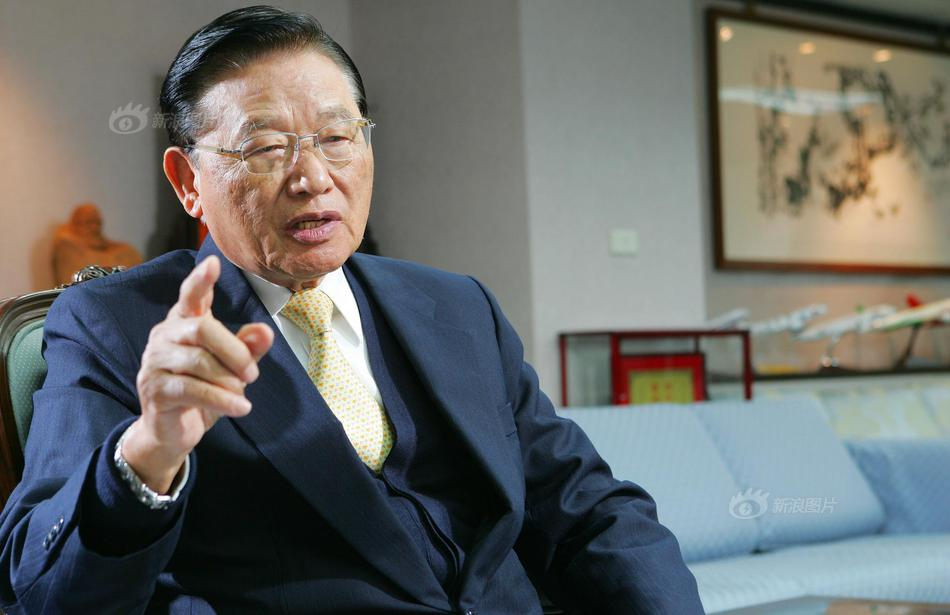 海基会前董事长江丙坤去世 旧照回忆其生平