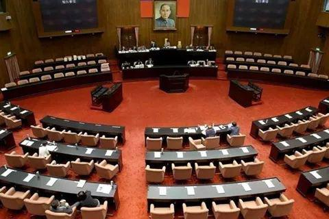 抗衡席次过半的民进党 台民众党抛在野大联盟构想图片
