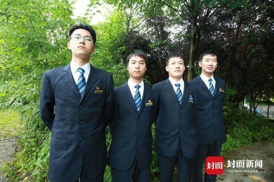 左起:王铁铮、张强、陈龙、谭力维