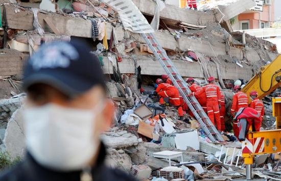爱琴海地震致土耳其100人死亡 发生超1400起余震