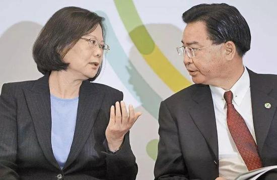 蔡英文、吴钊燮是否该商量裁撤外事部门?