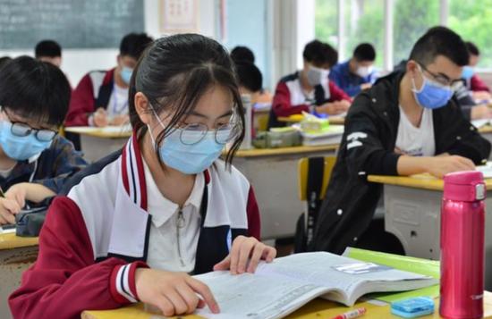 天富:生高考如何防疫要戴口罩吗权天富威图片