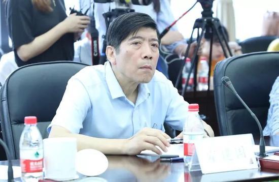 中国世界贸易组织研究会副会长 霍建国国是直通车 李颖 摄