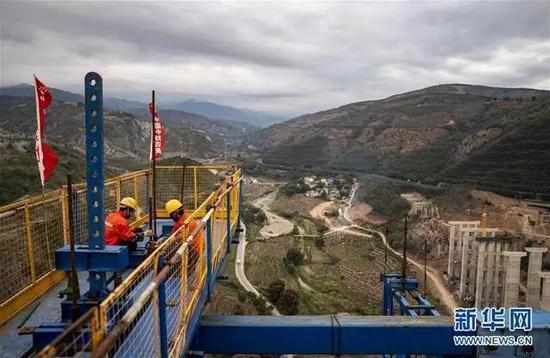 老挝为中国加油,铁路建设为老挝人民圆梦图片