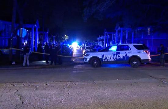 美国佐治亚州发生枪击案 造成1死8伤