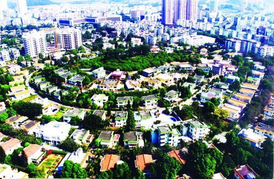 20世纪80年代,深圳房地产公司建起怡景花园高级住宅区(深圳博物馆供图)