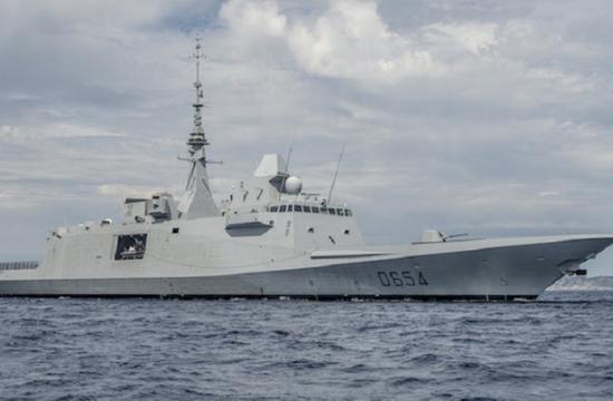 俄国防部:载14人俄军机失联 法护卫舰曾发射导弹