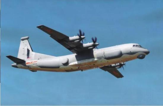 """▲央视新闻中出现的中国空军新型""""高新""""电子战机视频截图"""