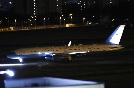 飞机回程抵达日本 图自NHK