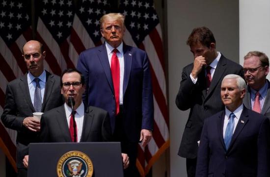 美媒:特朗普政府离任在即 为留政治遗产忙推新政