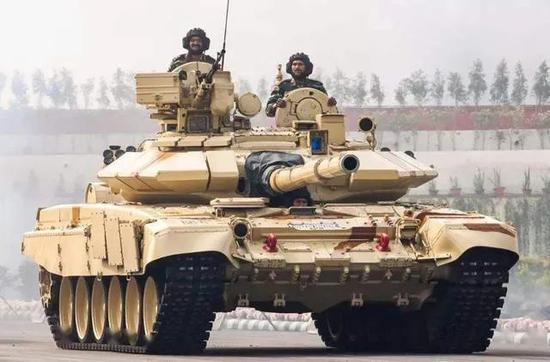 补壹刀:印军准备同时打赢两场战争!现在放这个风几个意思?图片