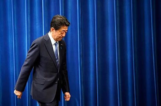 逮捕安倍冲上日本热搜 日本检方真能给安倍定罪吗?