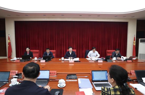 徐晓梅任中共昆明市委委员、常委图片