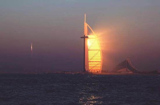 阿联酋迪拜帆船酒店。 新华社记者 李震摄