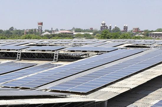 印度阿姆利则屋顶太阳能光伏电站。
