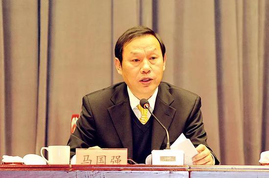 克日,后任湖北省委副书记、武汉市委书记陈一新已进京担负中心政法委秘书长。