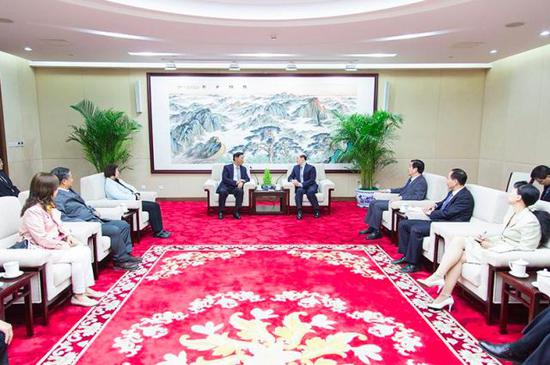 刘结一连续两天会见台湾县市长 所为何事?行知汇元