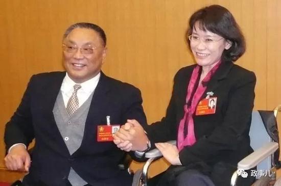 张海迪与邓朴方