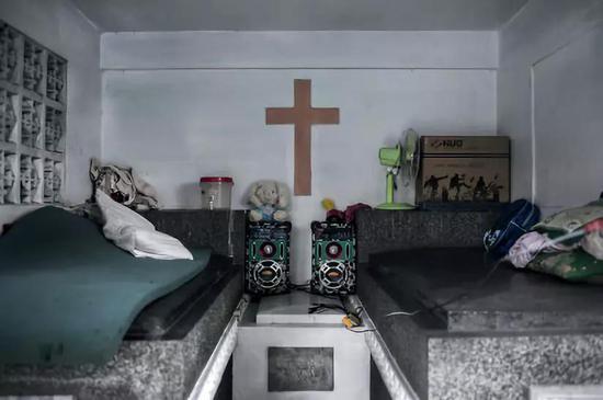 公墓裏常見的房子