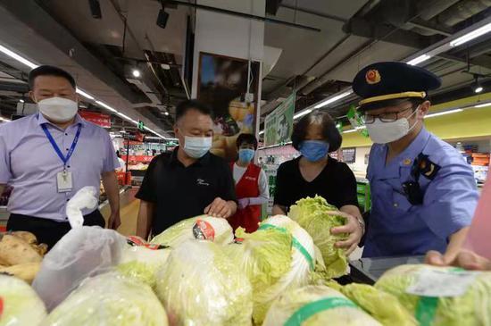[杏悦]市场和超市2杏悦0多种蔬菜价格每图片