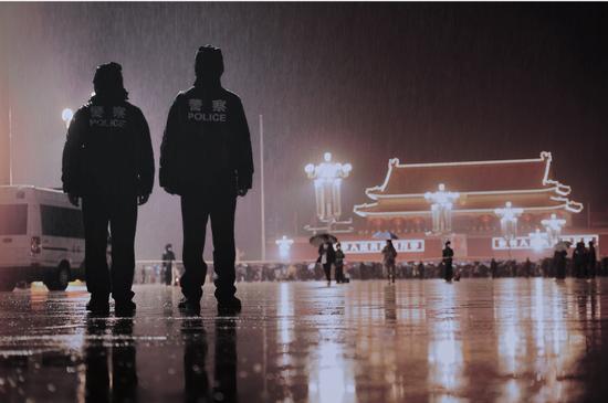 【华美注册】京警方国庆期间拘留华美注册盗抢骗黑车黑图片