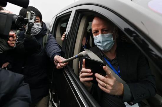 """世卫专家称在华南海鲜市场找到""""重要线索""""或于离华前公布图片"""