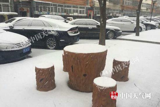 北京延庆地区大地被雪覆盖。(图/朱利苹)