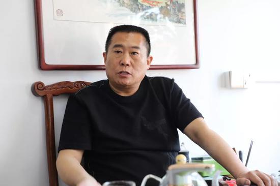 马庄村村支书兼村主任姜志博