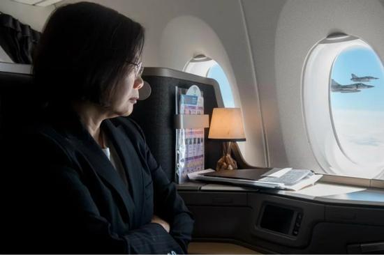 """蔡英文乘机出访非洲""""友邦""""。(图片来源:台湾""""中央社"""")"""