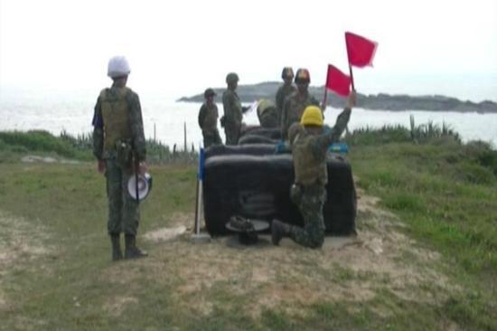 台陆军金门边防部进行演训。(图片来源:台湾《联合报》)